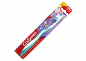COLGATE ZIG ZAG BLACK MEDIUM TB 1N