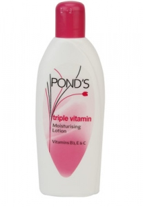 PONDS TRIPLE VITAMIN  MOISTURISING LOTION 300ML