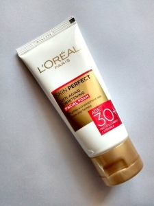 LOREAL PARIS SKIN PERFECT WHITENING CREAM 30+ 50G